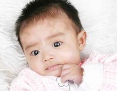 儿童白癜风常见症状